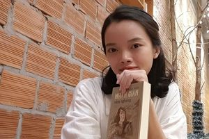 Cô gái 9x đam mê viết truyện lịch sử