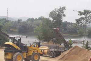 UBND tỉnh Thừa Thiên Huế hồi âm bài: 'Đột nhập công trường khai thác cát trái phép thượng nguồn sông Hương'