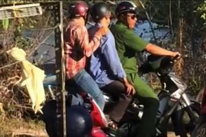 Điều tra nghi án ông bán vé số dâm ô với bé gái ở Cà Mau