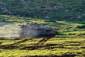 NÓNG: Xe tăng Israel bắn vào đồn của Hamas ở phía Bắc Gaza