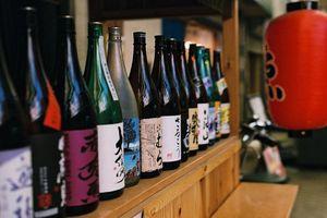 Rượu sake trứ danh của người Nhật được nấu như thế nào?