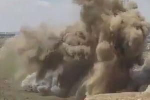 Xem Không lực Mỹ dội bom phá hầm vào căn cứ còn sót lại của IS ở Syria