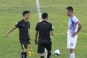 Đá phản lưới nhà, cầu thủ CLB Cần Thơ đối diện án phạt cực nặng từ VFF