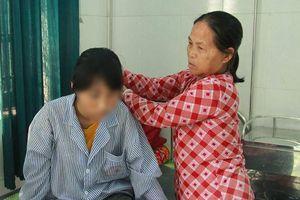 Nữ sinh bị lột đồ, bạo hành dã man ngay tại lớp: Có dấu hiệu ém nhẹm