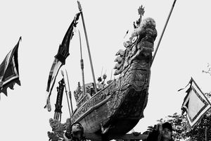 Kỳ bí lễ rước thần được vinh danh là Di sản văn hóa phi vật thể quốc gia