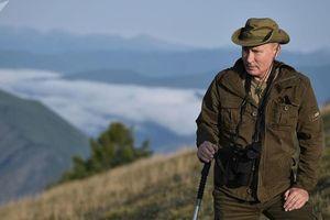 Chủ tịch Tuva: ông Putin tự làm thịt nướng shashlik ở rừng taiga