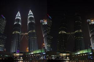 Các tòa nhà lớn trên toàn cầu tắt đèn hưởng ứng Giờ Trái Đất