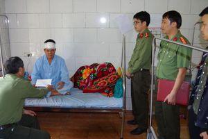 Hà Giang: Một công an bị đối tượng câm điếc đâm trọng thương