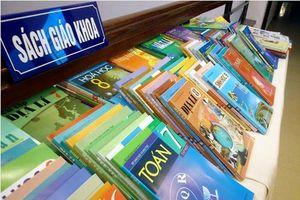 Bộ GD-ĐT yêu cầu NXB Giáo dục báo cáo việc tăng giá sách giáo khoa