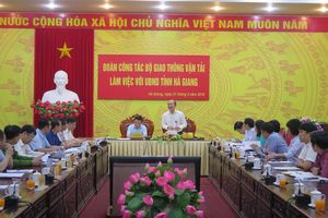 Thứ trưởng Nguyễn Văn Công làm việc tại Hà Giang nhằm thúc đẩy phát triển hạ tầng giao thông
