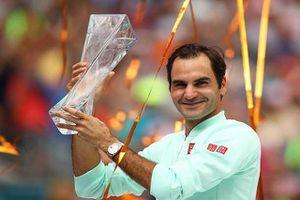 Thắng tốc hành 'máy giao bóng', Federer vô địch Miami Open