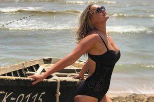 Nữ giáo viên bị đuổi việc do đăng ảnh diện bikini lên mạng xã hội