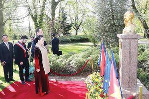Dấu mốc mới trong phát triển quan hệ hữu nghị và hợp tác Việt Nam - Pháp