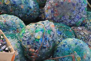 Úc đau đầu vì Ấn Độ cấm nhập rác