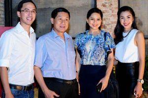 Doanh nghiệp nhà chồng Hà Tăng muốn bán cơm trên máy bay, tàu hỏa