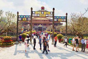 Hơn 1,2 triệu lượt khách đến Huế trong 3 tháng đầu năm 2019