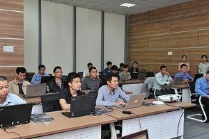 12 ngân hàng lớn tham gia khóa đào tạo về khả năng phân tích mã độc