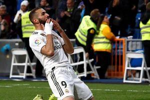 Real 3-2 Huesca: Benzema cứu Zidane ở phút chót