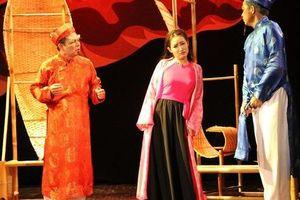 Nghêu Sò Ốc Hến của Nhà hát Kịch Việt Nam gây ấn tượng tại 'Diễn đàn người Việt có tầm ảnh hưởng toàn cầu' ở Pháp