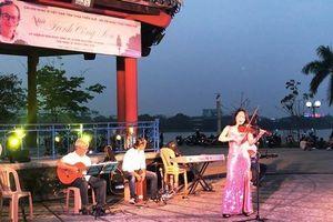 Trịnh Công Sơn giữa lòng phố Huế