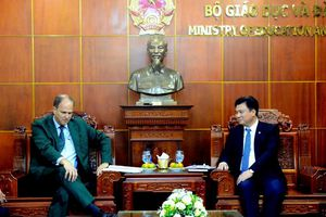 Bộ GD&ĐT ủng hộ tăng cường giảng dạy môn tiếng Đức tại Việt Nam