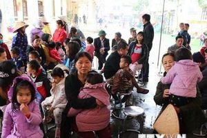 Dừng lấy máu xét nghiệm sán lợn cho trẻ em tại Bắc Ninh