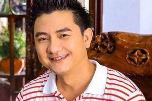 Diễn viên hài Anh Vũ qua đời đột ngột ở Mỹ sau một buổi diễn