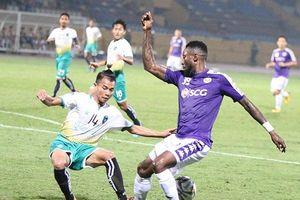Phung phí cơ hội, CLB Hà Nội trắng tay ngay trên sân nhà