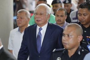 Thủ tướng Malaysia Najib Razak ra tòa, không nhận tội tham nhũng