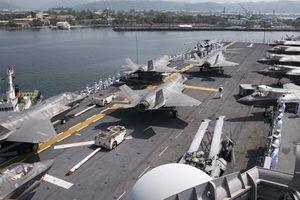 Tàu chiến Mỹ đưa nhiều máy bay F-35 qua biển Đông tới Philippines tập trận