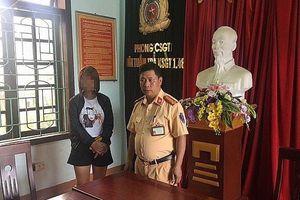 Giải cứu sơn nữ 17 tuổi bị 3 nam thanh niên lừa vào động mại dâm