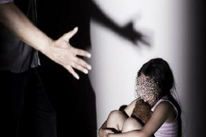 Bắt quả tang đối tượng đang dâm ô bé gái 14 tuổi