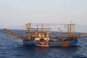 Cứu thành công 280 người và hàng chục tàu gặp nạn trên biển