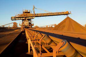 Giá quặng sắt tiếp tục tăng mạnh lên mức 96,70 USD/tấn