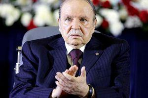 Hội đồng Hiến pháp Algeria chấp thuận đơn từ chức của Tổng thống