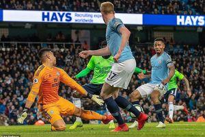 Hạ Cardiff City, Man. City đòi lại ngôi đầu Premier League