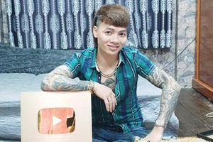 YouTube trao 'bằng khen' cho Khá Bảnh, cổ súy kiếm tiền bẩn