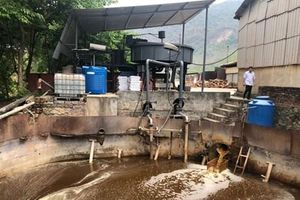 Bắt quả tang Công ty Hapaco Đông Bắc xả thải trực tiếp ra môi trường