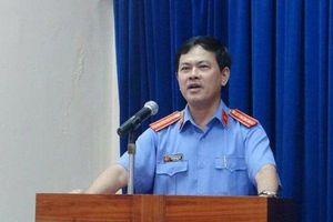 Nguyên Viện phó VKSND sàm sỡ bé gái trong thang máy là luật sư ở Đà Nẵng