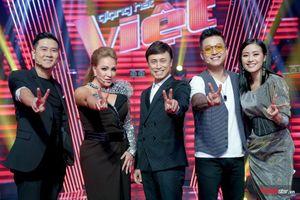 Hóa ra nữ HLV duy nhất của The Voice 2019 - ca sĩ Thanh Hà chính là người 'khai pháo' cho cuộc 'đối đầu' trên ghế nóng
