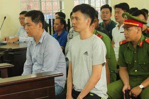 Vì sao phiên tòa xử hai cựu công an đánh người tử vong bị hoãn?