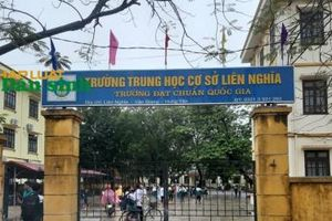 Hưng Yên: Phạt học sinh ăn thạch trong nhà vệ sinh, cô giáo bị chấm dứt hợp đồng