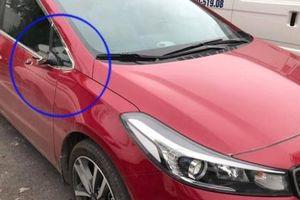 Hà Nội: Hàng loạt xe ô tô tại khu đô thị Hồng Hà Ecocity bị 'vặt' mất gương