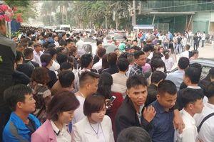 Đại sứ quán Hàn Quốc 'vỡ chợ' người xin cấp thị thực