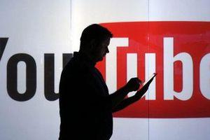 Ai đã tiếp tay cho những 'giang hồ mạng xã hội' kiếm hàng trăm triệu bằng 'view bẩn'?