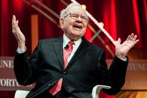 Warren Buffett đang muốn một thương vụ khổng lồ