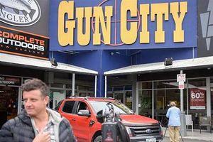 New Zealand siết chặt kiểm soát súng đạn