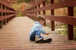 Những bài tập giúp trẻ tự kỷ nâng cao động cơ phát triển