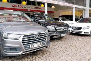 Ô tô cũ nín thở nhìn xe mới liên tiếp giảm giá