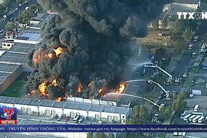 Cháy nhà máy ở Melbourne, Australia